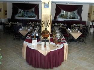 Отель Al Maha Regency Suites 3*, Шарджа - фото 35