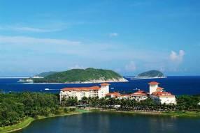 Горящие туры в отель Golden Palm Resort Yalong Bay 4*, Санья,